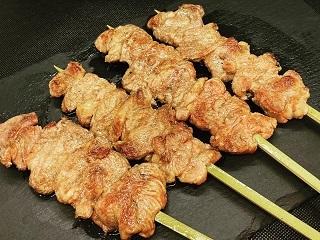 ラム肉のステーキ串焼き
